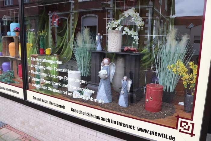 Bestattungen und Trauerhilfe Rahden Schaufenster