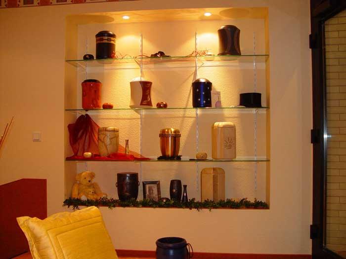 Große Auswahl an Urnen in Rahden